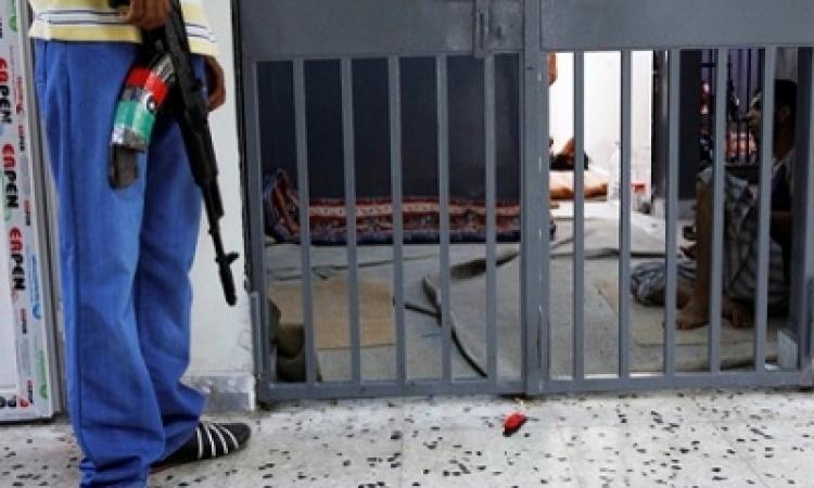 والد أحد المختفين في ليبيا: نجلي في السجون الليبية منذ 8 سنوات دون تدخل الحكومة المصرية