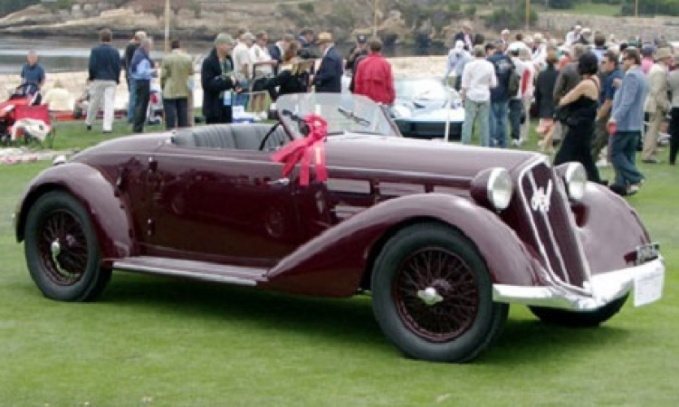 """ب 240 ألف دولار .. بيع سيارة موسولينى الـ """" الفاروميو """" في مزاد بفرنسا"""