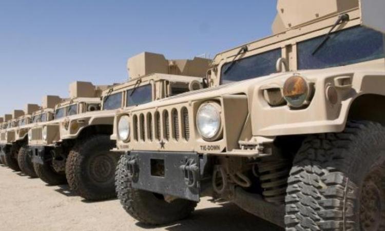 «داعش» ينقل عربات عسكرية أمريكية من العراق لسوريا
