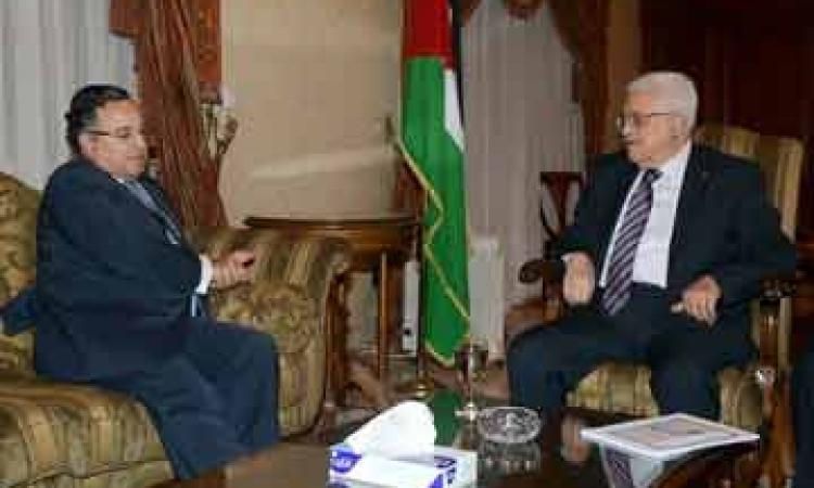 فهمى وابومازن يبحثان مجمل تطورات الاوضاع بالاراضى الفلسطينية
