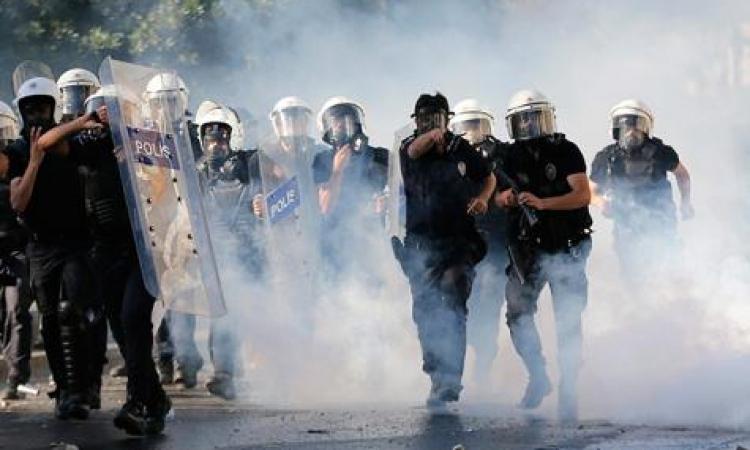 """العفو الدولية تتهم حكومة أردوغان بممارسة """" قمعا أكثر من أى وقت """" مع المتظاهرين"""