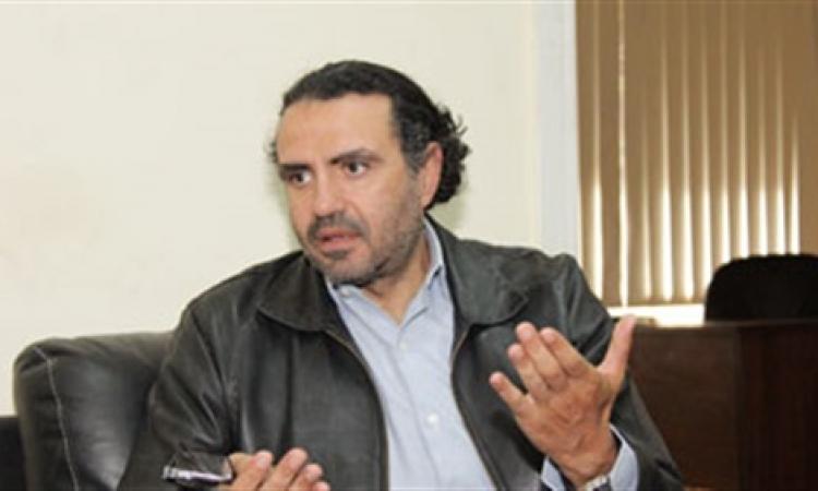 «العلايلي»: «منح منصور قلادة النيل قرار ملايين المصريين لا السيسي وحده»