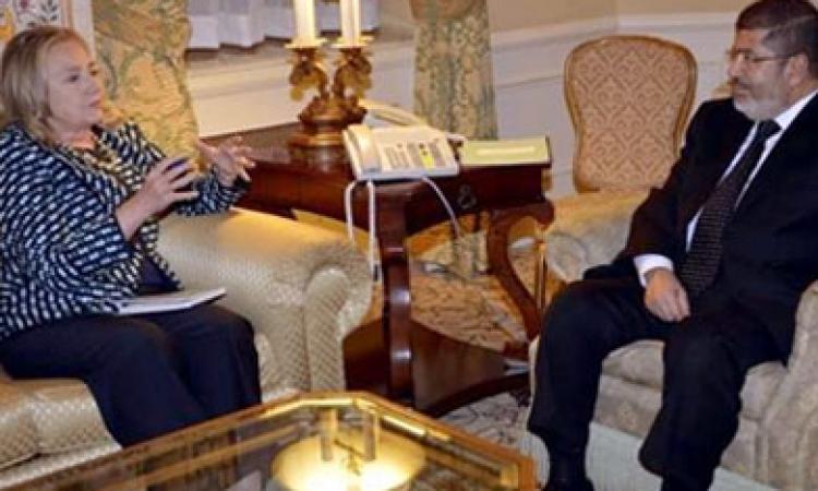 هيلاري كلينتون: سئمت من نظرية المؤامرة في مصر
