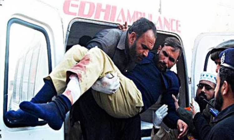 12 قتيلا على الأقل في هجوم على مطار كراتشي الدولي في باكستان