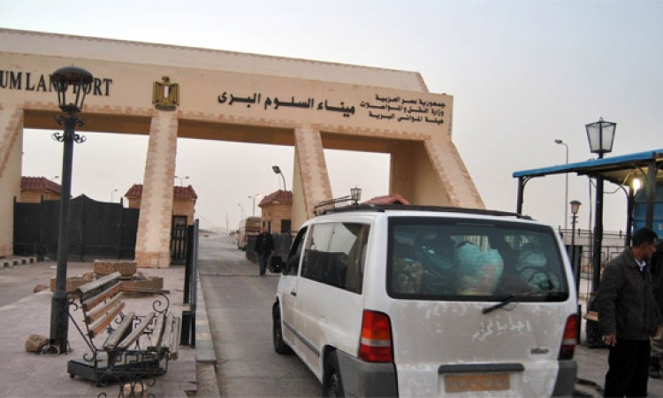 مدير ميناء السلوم: بدء وصول الشاحنات المصرية التى كانت محتجزة بليبيا