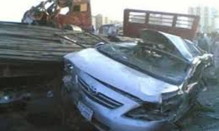 إصابات خطيرة وتكدس مرورى بالطريق بالدائرى بعد حادث بين سيارتين