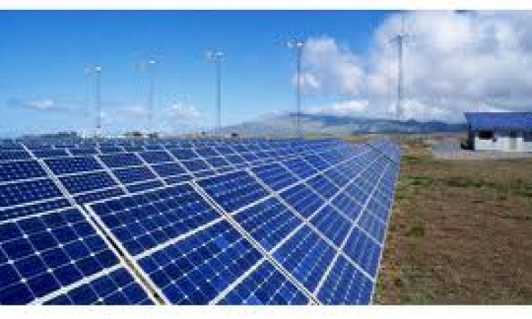 الإمارات تنفذ مشروعا للطاقة الشمسية في سيوة