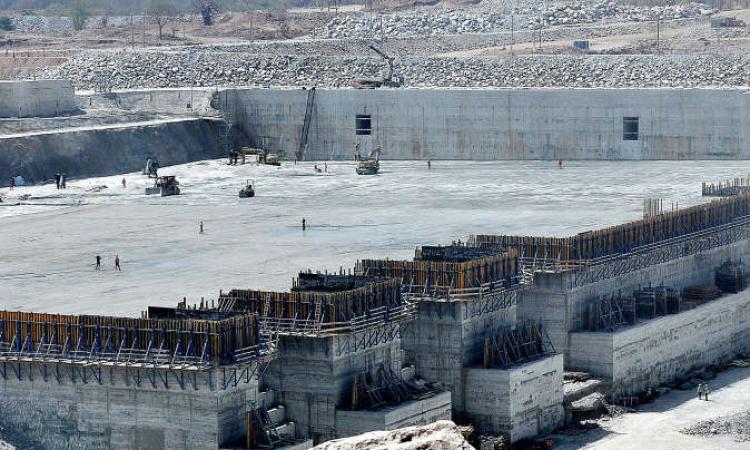 مصر والسودان وإثيوبيا تبدأ غدا مناقشة اختيار مكاتب استشارية دولية لدراسة آثار سد النهضة