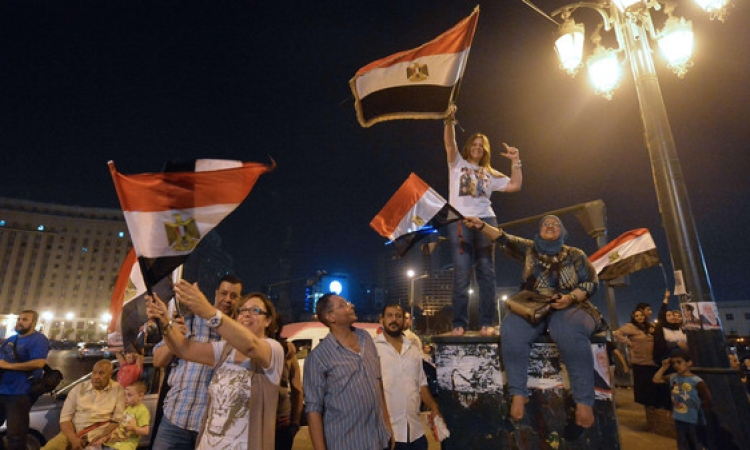 إحتفالات الشعب في ميدان التحرير بفوز السيسي بالرئاسة