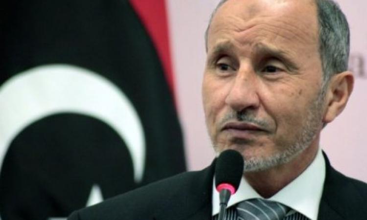 رئيس المجلس الإنتقالي الليبي سابقا يدعو لعزل المفتي العام الليبي من منصبه
