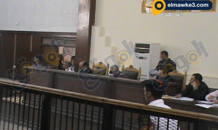 صور من جلسة اقتحام سجن العرب