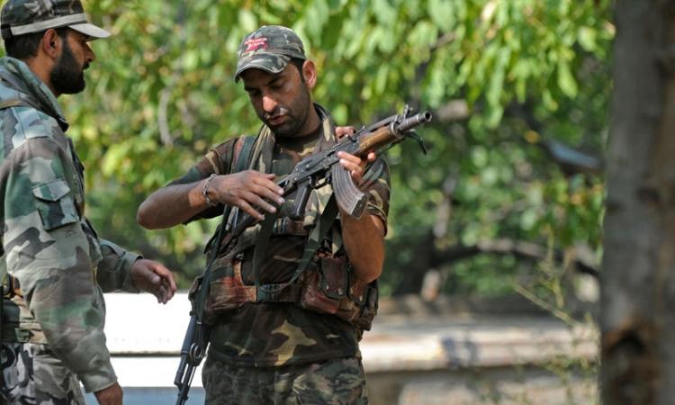 مقتل شرطيين هنديين في معقل للمتمردين