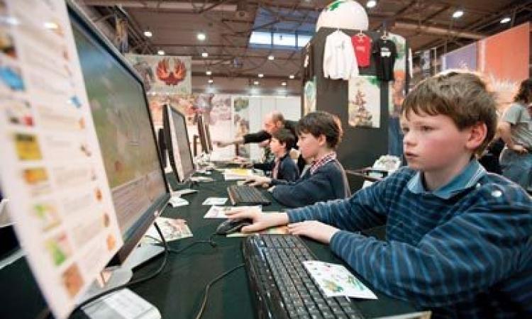 صدق أو لا تصدق… مدرسة إلكترونية في لندن بحلول عام 2016