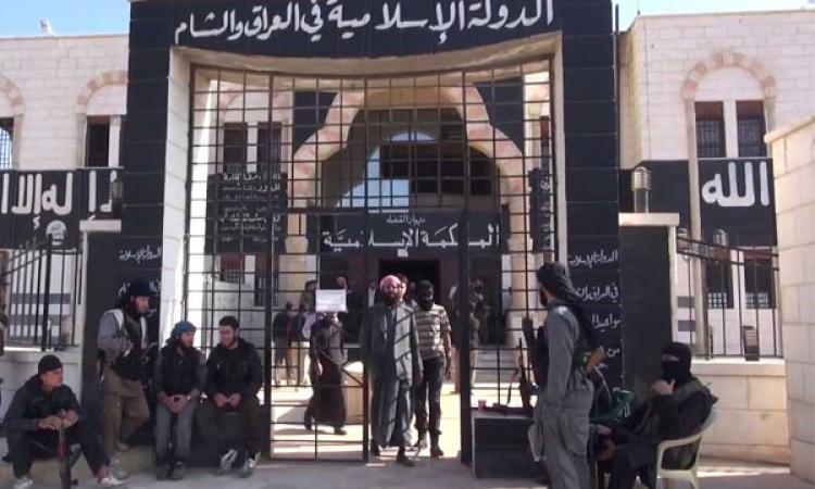 إطلاق سراح صحفي دنماركي قامت داعش باعتقاله منذ أكثر من عام