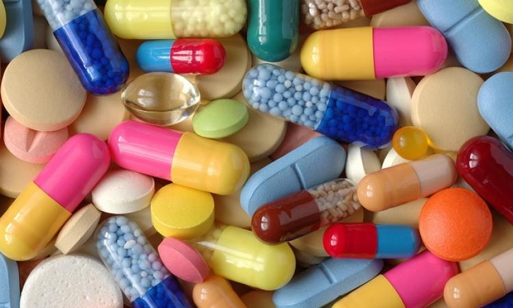 كيفية اكتشاف العقاقير الطبية المقلدة والمغشوشة