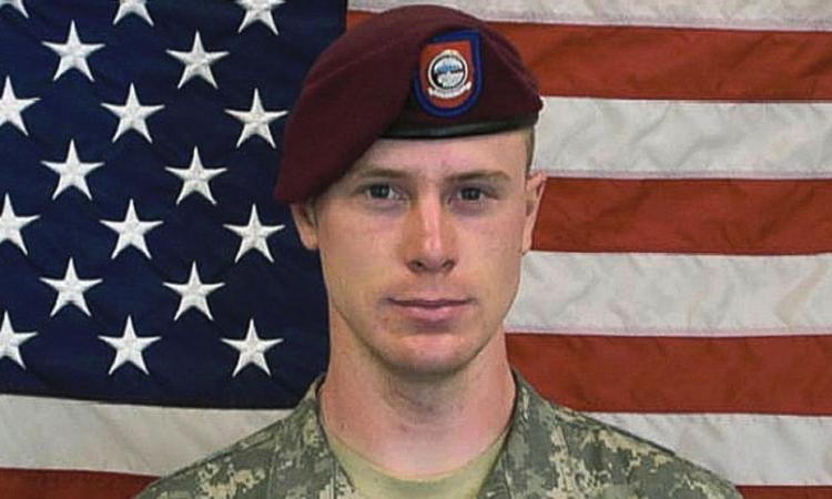 بالفيديو.. «طالبان» تبث عملية تسليم الجندى الأمريكى المختطف فى أفغانستان