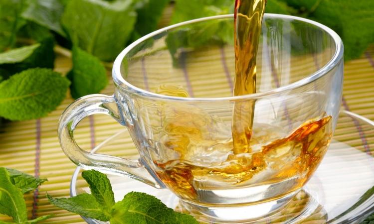 الشاي الاخضر و تأثيره على تجاعيد الوجه