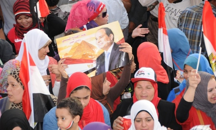 المصريون يحتفلون بفوز السيسي