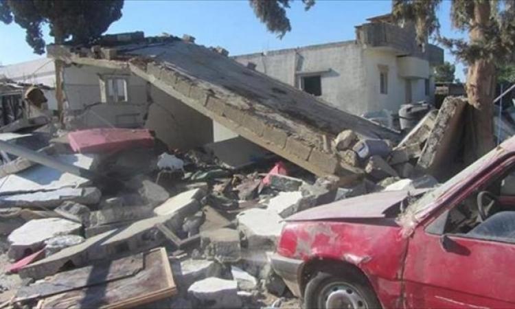 بالصور: القصف العشوائي في ليبيا يدمر منازل بمنطقة بنينا