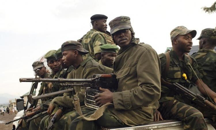 استئناف المعارك بالأسلحة الثقيلة بين الكونغو الديمقراطية ورواندا