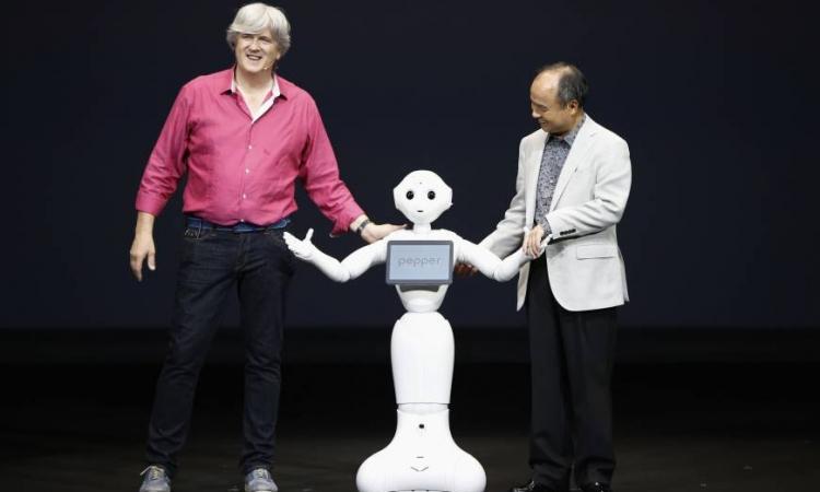 بالفيديو.. اليابان تكشف عن روبوت آلى يقرأ مشاعر البشر
