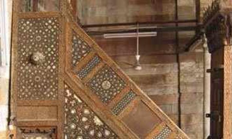 الآثار: مصر تستعيد اليوم من الدنمارك 8 حشوات خشبية من منبر مسجد جانم البهلوان