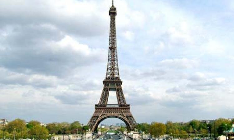 الفرنسيون غاضبون من فقد قواعد الذوق والتعايش فى العمل