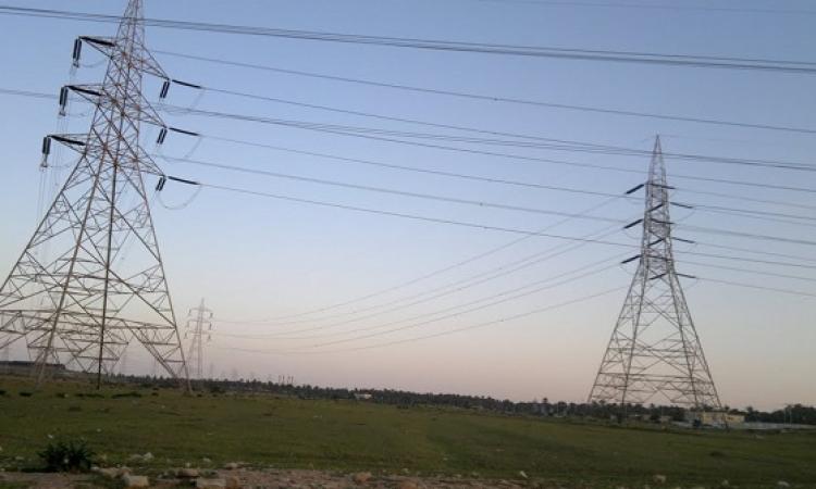 الكهرباء: الإرهاب استهدف 3 أبراج تكلفة إصلاحها مليون و400 ألف جنيه