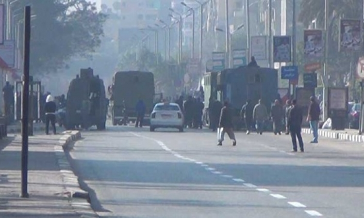 """اشتباكات عنيفة """"بحلوان""""  بين الأمن و الإخوان"""