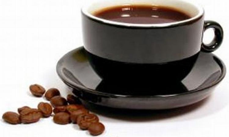 القهوة تحمي شبكية العين