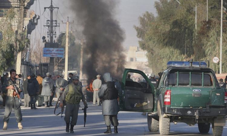 مقتل 6 من جنود الناتو و10 مدنيين أفغان بهجوم انتحاري