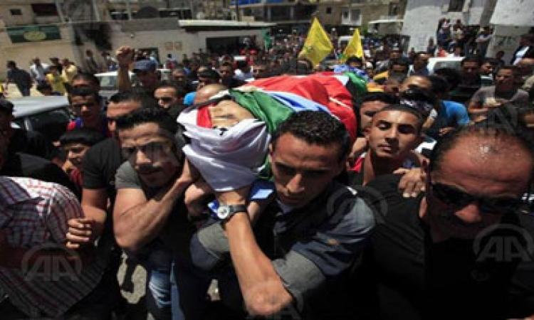 الآلاف يشيعون جثمان الطفل أبو خضير بالقدس