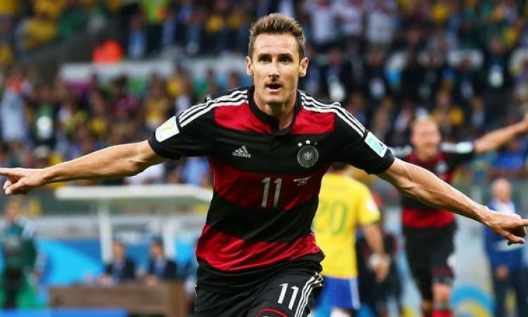 كلوزه يحطم الرقم القياسي لإحراز الأهداف في كأس العالم