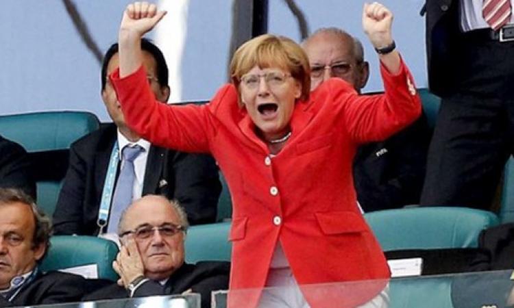 ميركل تتوقع فوز ألمانيا بالمونديال