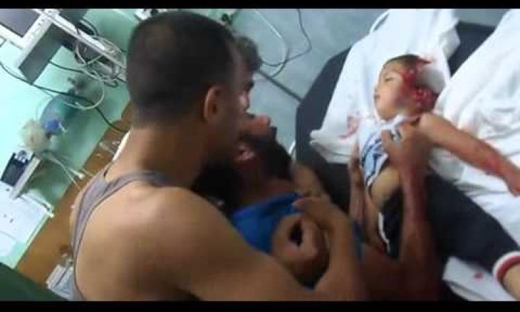 فيديو يُدمي القلوب.. والد الطفل الشهيد بغزة : اصحى بابا جبتلك لعبة