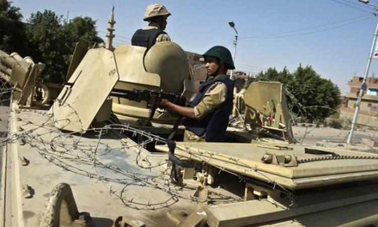 إصابة شرطيين فى حادث انقلاب مدرعة بوسط سيناء