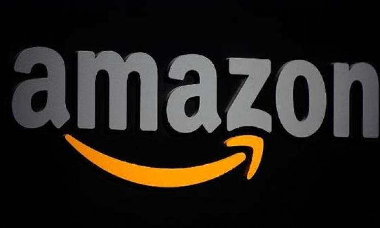 «أمازون» تتيح لمستخدميها قراءة 600 ألف كتاب إلكترونى