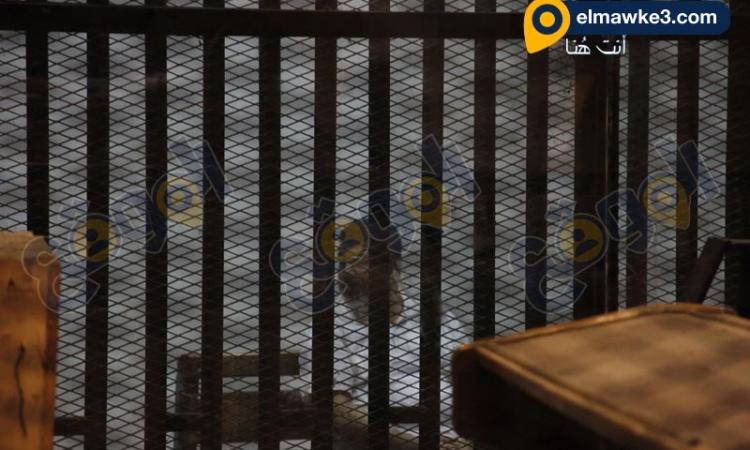 بالصور محاكمة محمد مرسى فى اقتحام سجن وادى النطرون