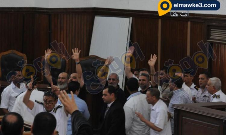 بالصور … محاكمة المتهمين الأخوان في قضية قطع الطريق الزراعي بقليوب