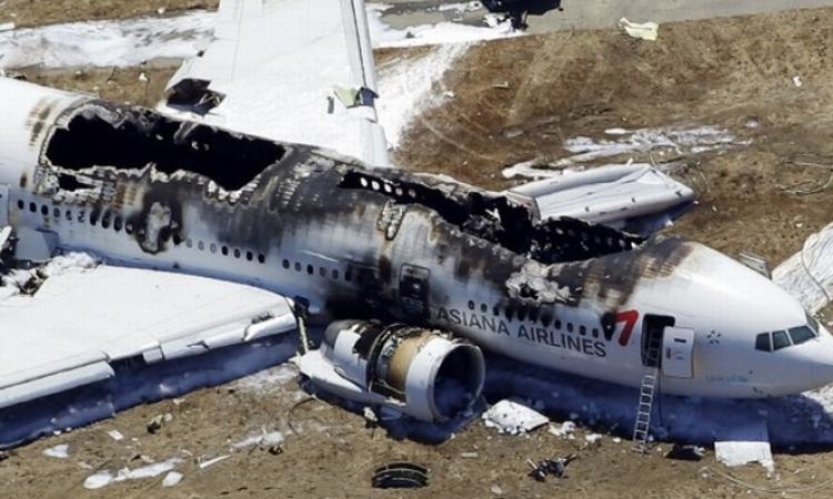 بالفيديو.. 2014 عام الكوارث الجوية.. يشهد تحطم 210 طائرة