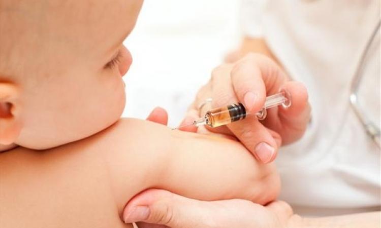 تطعيمات الأطفال منذ الولادة وحتى سن 6 سنوات