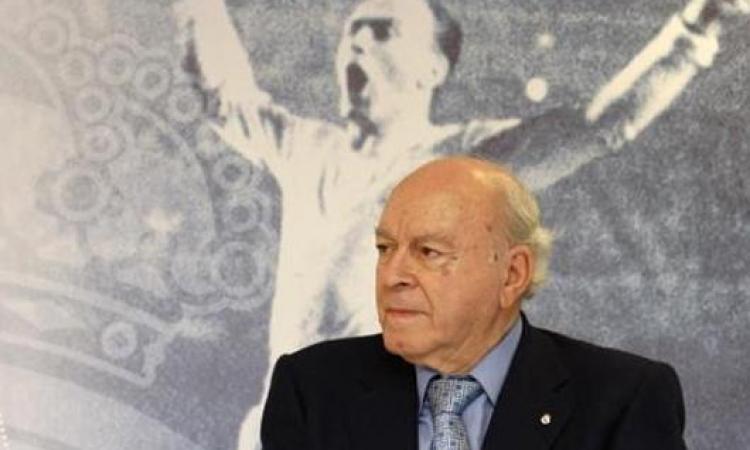 كرة القدم تودع الأسطورة دي ستيفانو