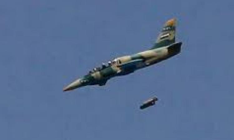 الطيران السوري يشن غارة على وادي العجرم ببلدة عرسال اللبنانية الحدودية