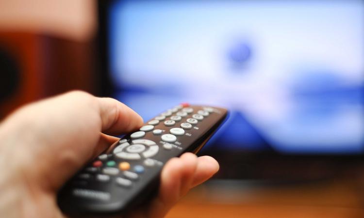 دراسة: الإفراط فى مشاهدة التلفزيون مرتبط بالوفاة المبكرة
