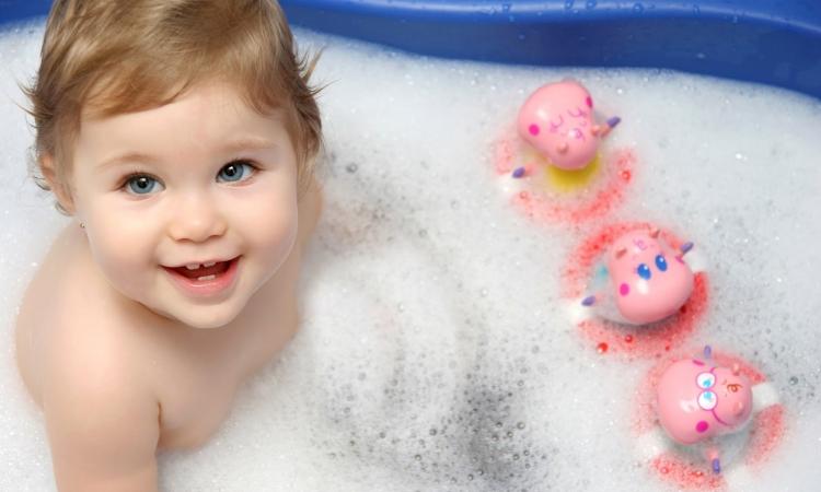 بالصور.. أجمل أطفال العالم بوجوههم الملائكية النقية