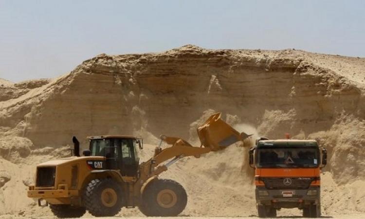 المتحدث العسكرى : أعمال حفر قناة السويس الجديدة بلغت 8 ملايين متر مكعب