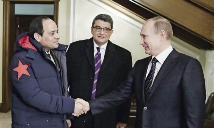 بعد مراسم احتفاء جوية .. السيسي يصل سوتشي في مستهل زيارته لروسيا