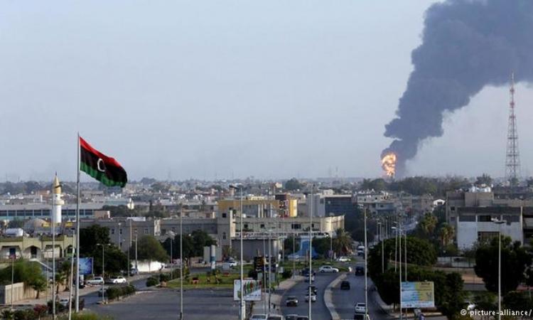 مبعوث الجامعة العربية : أطراف غير عربية وراء الغارات على طرابلس