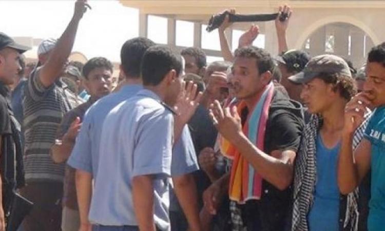 الجيش يرسل 5 آلاف عبوة غذائية للمصريين العالقين على الحدود التونسية الليبية