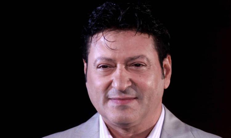 القبض علي محمد الحلو بالمطار لهروبه من حكم حبسه سنتين في قضية شيك بدون رصيد